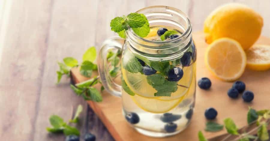 limun borovnica voda detox